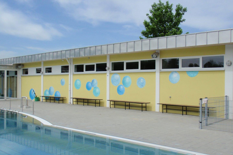 Schwimmbad Warmbecken