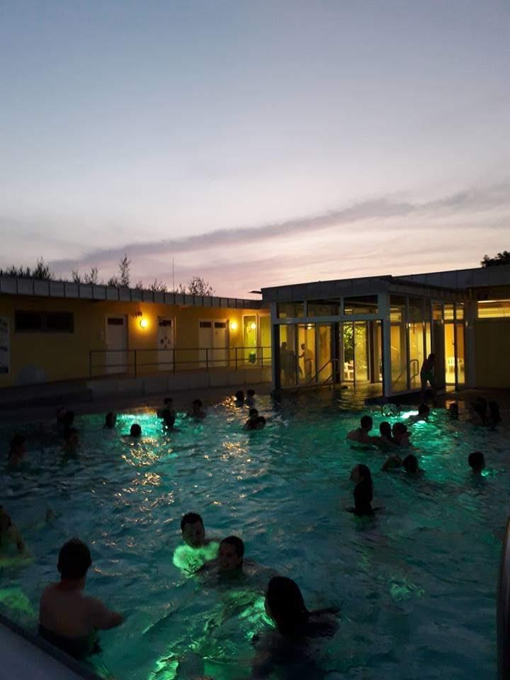 Nachtschwimmen